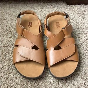 SAS orthopedic leather Velcro strap sandals